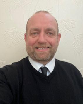 <b>Kirk Green</b><br>Funeral Director